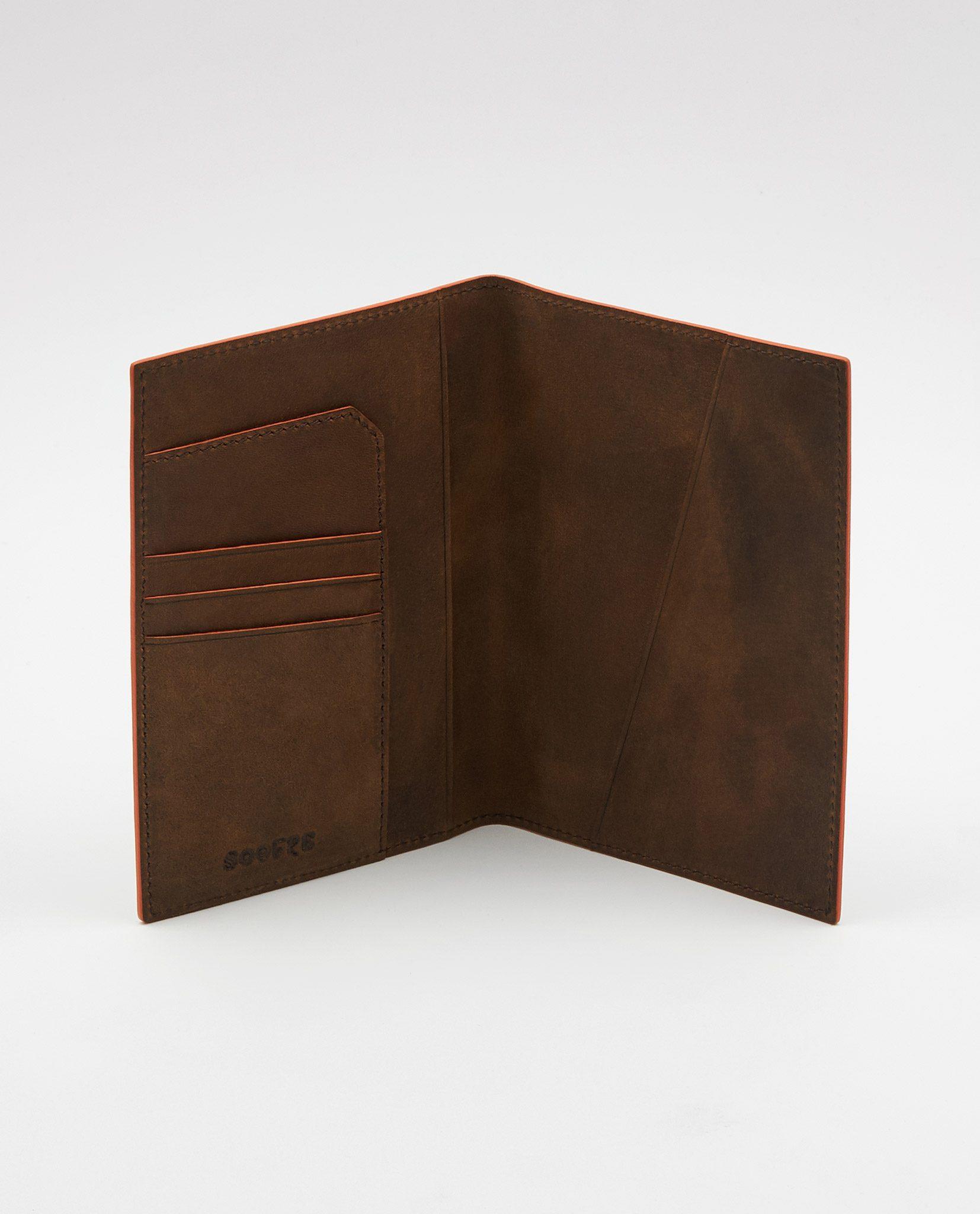 Soofre_Passport-Holder_Brown-Orange_2