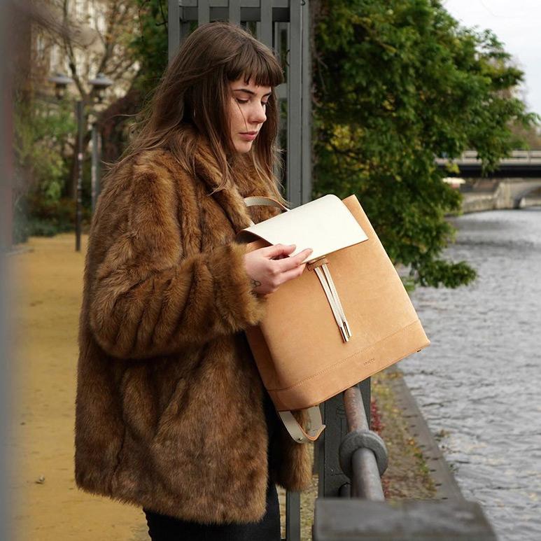 Street-Fashion-Berlin-Soofre-Suede-Backpack