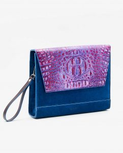 SOOFRE-Berlin-unique-Clutch-croco-purple-lilac-sapphire-blue-SIDES