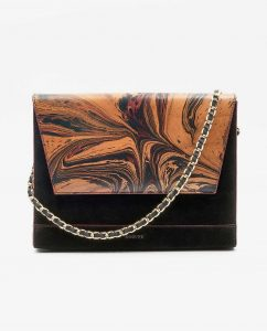 SOOFRE-Berlin-unique-Clutch-marble-black-burgundy-black-FRONT