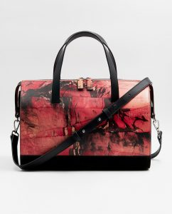SOOFRE-Berlin-unique-Bowler-Bag-marble-red-black-FRONT