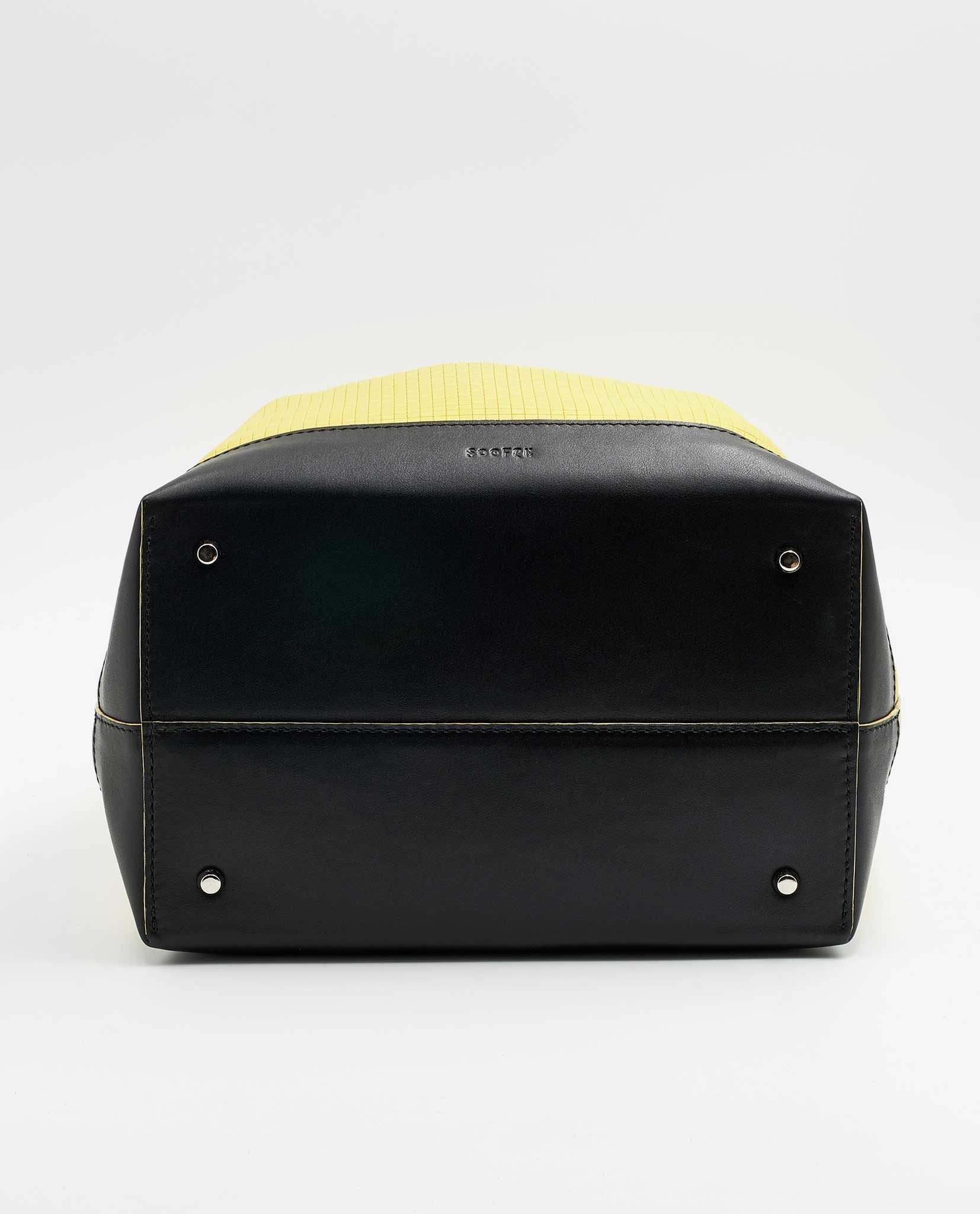 SOOFRE-Berlin-unique-Bucket-Bag-squared-yellow-black-BOTTOM